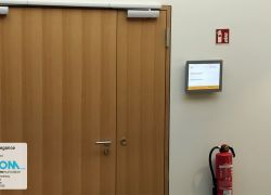 VICOM Digital Doorsign表面実装